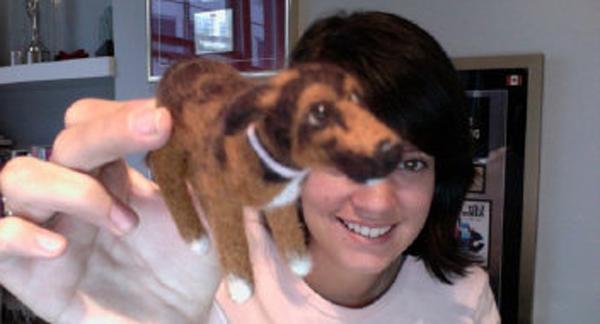 Lily Allen postou na internet uma foto com seu Wollydog. Foto: Reprodução