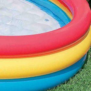 Detalhe na piscina inflável. Foto: Reprodução