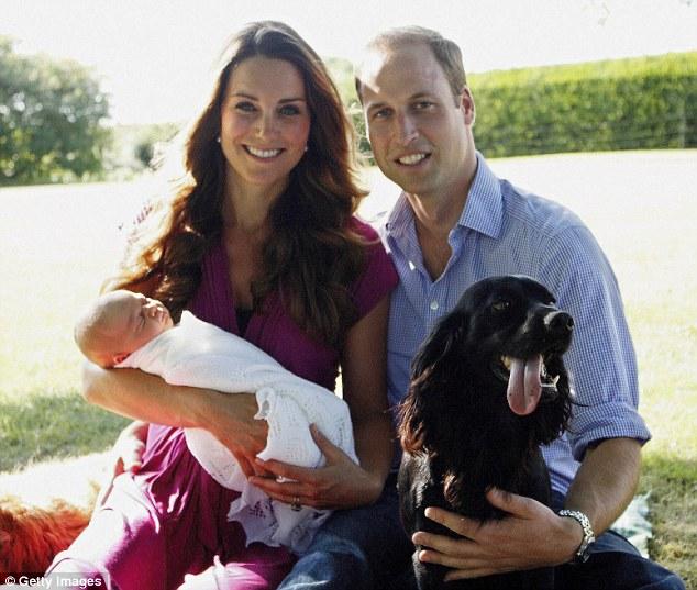 Lupo fez parte da primeira foto do príncipe George. Foto: Reprodução / DailyMail
