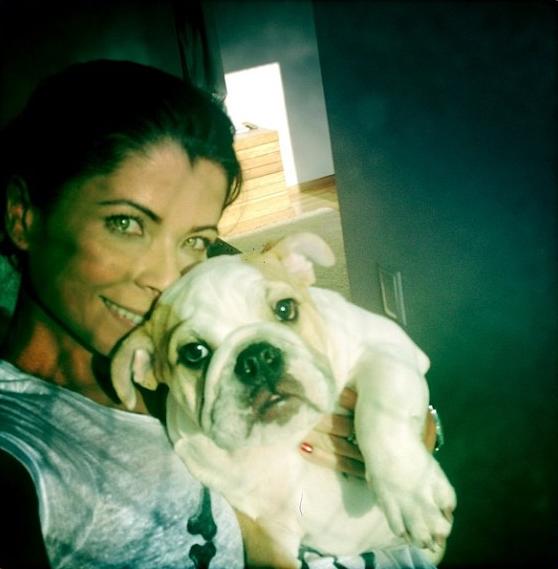 Anna Lima com Maia. (Foto: Reprodução / Instagram)
