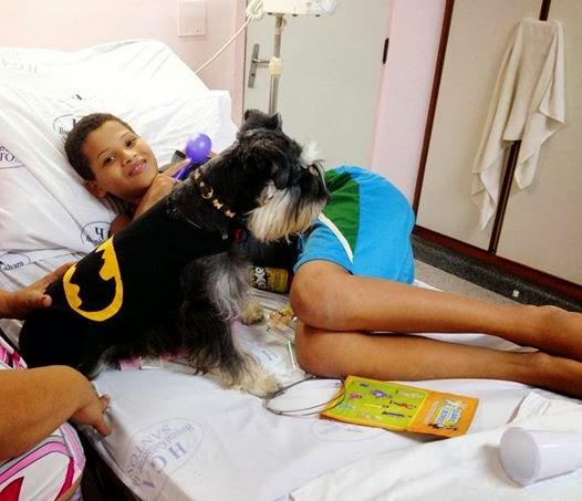 dr-auau-visita-pet-terapia-01