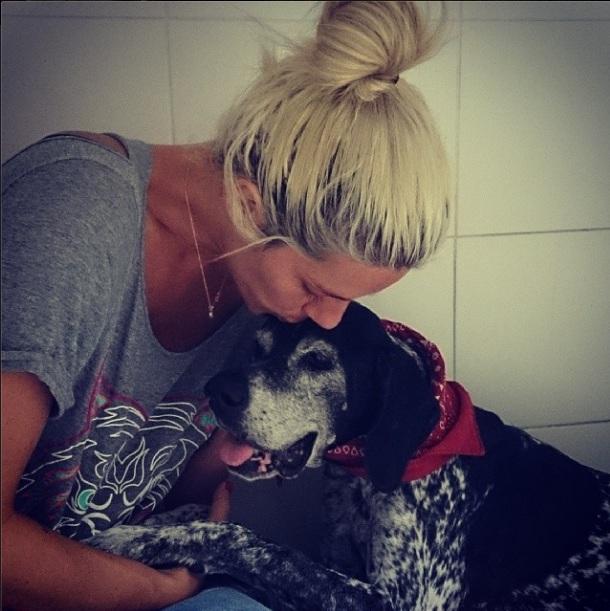 Giovanna Ewbank se despediu da cachorra Olivia Palito. (Foto: Reprodução / Instagram)