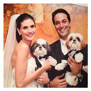 Ozzy e Ziggy no casamento de Isabella e Stefano. (Foto: Reprodução / Instagram)