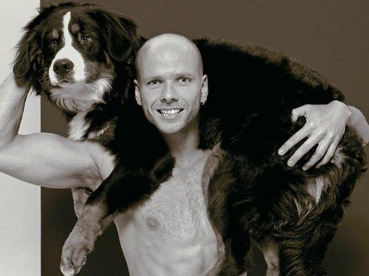Fernando Scherer, o Xuxa, está sofrendo com a perda do cachorro. (Foto: Reprodução / Facebook)
