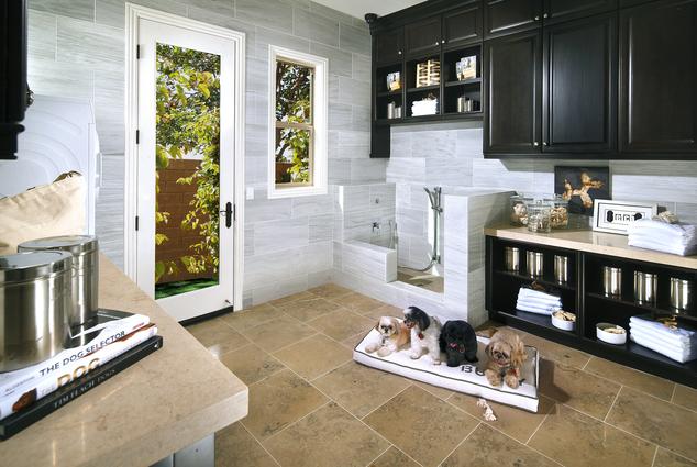 Cachorros terão uma suíte especial nessas casas. (Foto: Reprodução / Daily Mail uk / AP Photo/ Standard Pacific Homes, A.G. Photography, Anthony Gomez)
