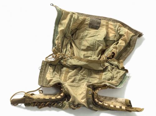 Parte interna da roupa. (Foto: Divulgação / Auctionata)