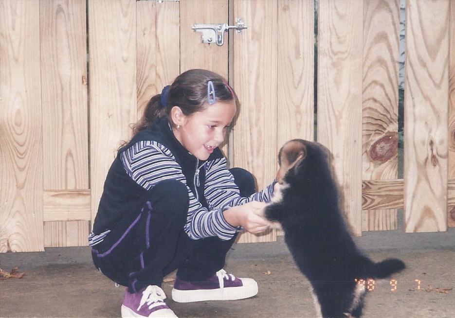 O primeiro dia da cachorra Chubby com Maria. (Foto: Reprodução / Blog Maria Sharp)