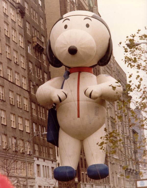 Snoopy astronauta no desfile de 1972.  (Foto: Reprodução / Bark Post)