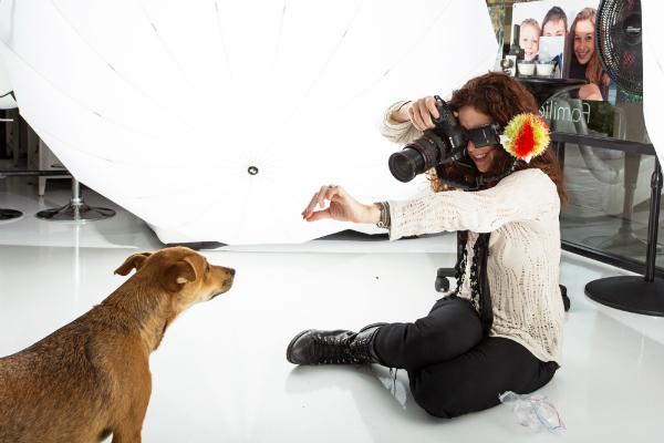 Susan Schmitz trabalha com cachorros. (Foto: Reprodução / Susan Schmitz / A Dog's Life Photography / Dogster)