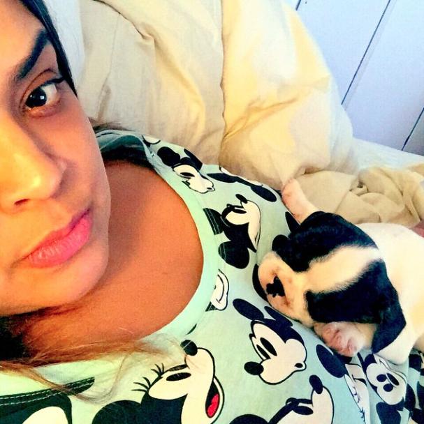Preta Gil contou que ele chorou um pouquinho na primeira noite, mas acabou dormindo em seu colo. (Foto: Reprodução / Instagram)