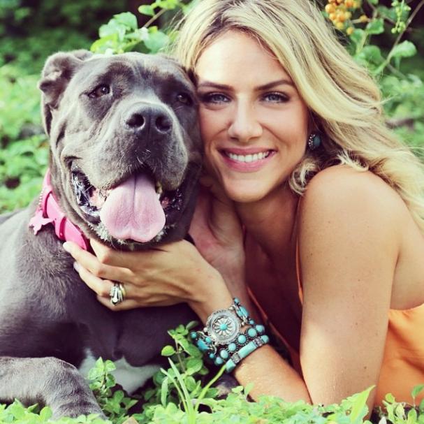 Giovanna Ewbank com sua cachorra Menina. (Foto: Reprodução / Instagram)