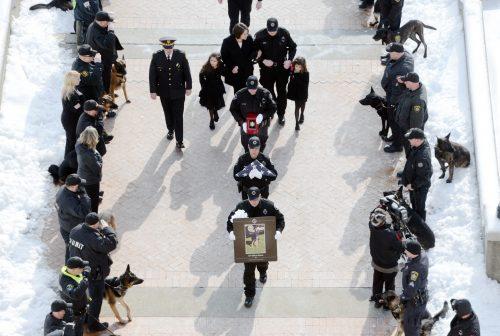 Durante o funeral de Rocco. Foto: Reprodução