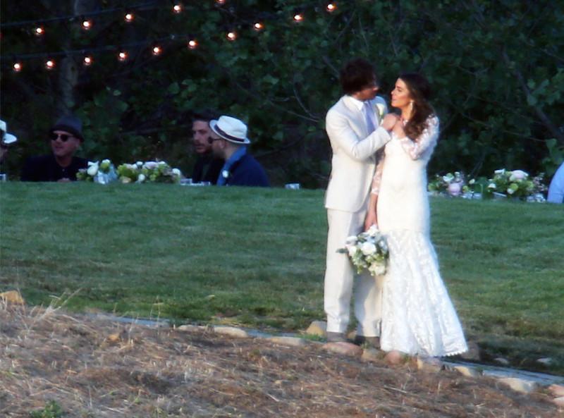 Ian Somerhalder e Nikki Reed se casaram. (Foto: Reprodução / E! Online)