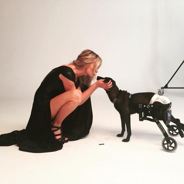 Fiorella encantada com o Valente.  (Foto: Reprodução / Instagram)