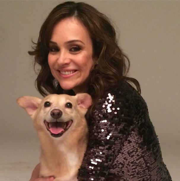 Gabriela Duarte e Paçoca felizes com a campanha.  (Foto: Reprodução / Instagram)
