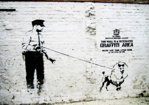 Banksy e seus cães.