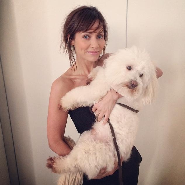 Natalie Imbruglia com o cão Mr Wilson. (Foto: Reprodução / Instagram)