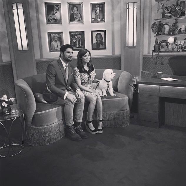 Uma participação especial no programa de televisão Paul O'Grady Show. (Foto: Reprodução / Instagram)