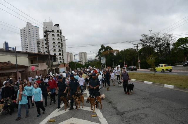 (Foto: Reprodução / Facebook / 2ª Cãominhada da Vila Prudente)