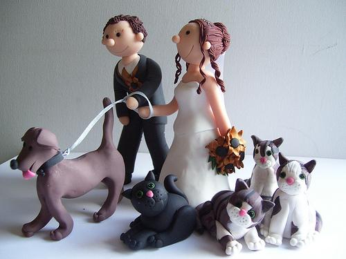 modelos de topo de bolo de casamento para apaixonados por cães