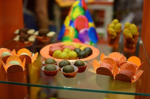 Os produtos da Petitos são perfeitos para o dia-a-dia e nas festinhas dos cães. (Foto: Karina Sakita)