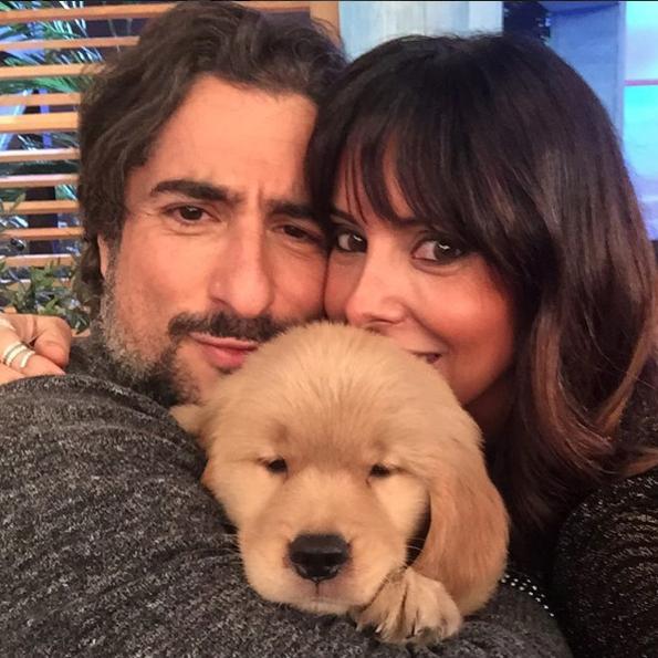 Marcos Mion com sua esposa Suzana e a cachorra Pankeka. (Foto: Reprodução / Instagram)