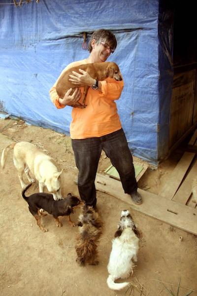 Dochie chama os animais de seus filhos. (Foto: Reprodução / Portal Litoral Norte)