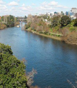 Rio onde Kerry costumava passear com seu cão e lugar em que ele foi visto pelo última vez. (Foto: Reprodução / Wikimedia)