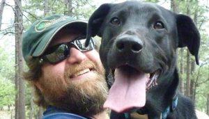O tutor ficou bastante orgulho do feito do seu cão Marley. (Foto: Reprodução / John Paul Roccaforte)