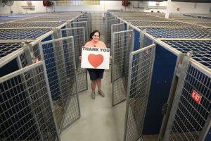 """Após o sucesso da iniciativa """"Clear The Shelters"""" o abrigo ficou com dezenas de canis vazios. (Foto: Reprodução / Fort Worth Animal Shelter)"""