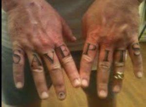 O sonho do fundador do grupo de salvamento de Pit Bulls é construir um grande abrigo para os animais dessa raça. (Foto: Reprodução / Friends to the Forlorn Pitbull Rescue)