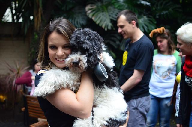 Cynthia Macarrão com o Barthô.