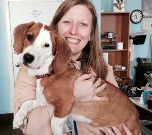 Danielle conheceu Pippy em uma feira de adoção e logo se apaixonou. (Foto: Reprodução / Danielle Skinner / Stephanie Skinner)